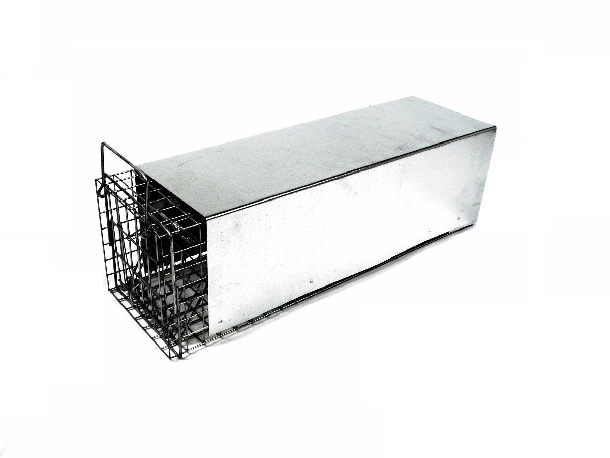Tomahawk 105.2 - Rigid Enclosed Trap - Skunk Size 00001052
